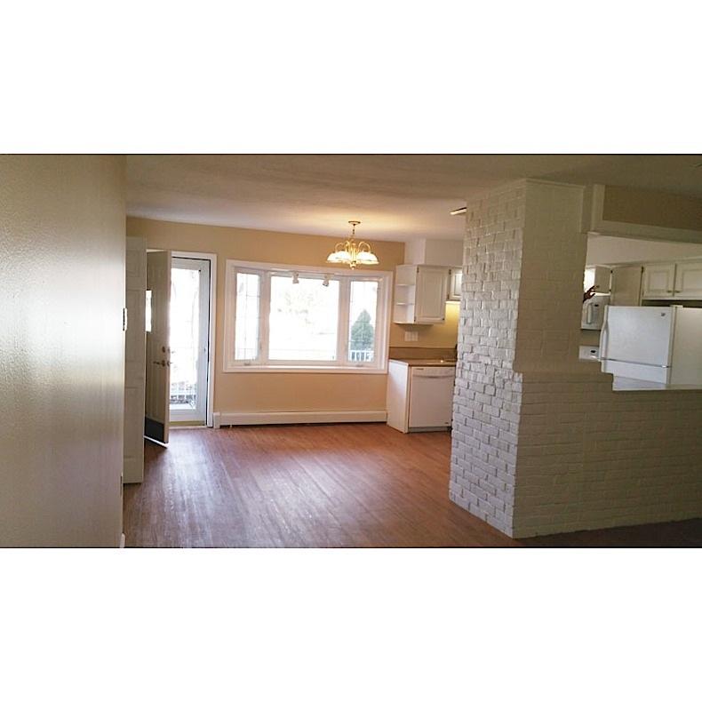 dining-room-entrance